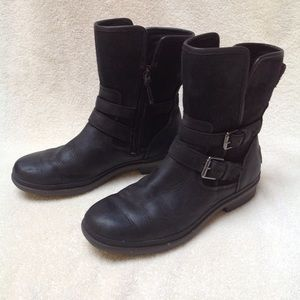 UGG Black Simmens Ankle Boot Size 7.5